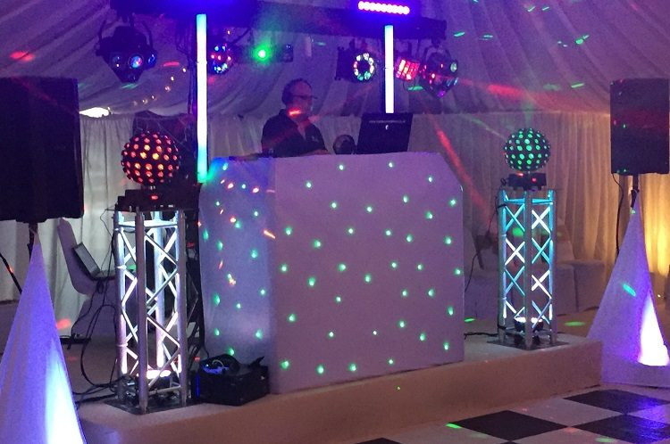 Enhancing Your Next Social Occasion: The Advantages of Hiring a Mobile Disco Specialist