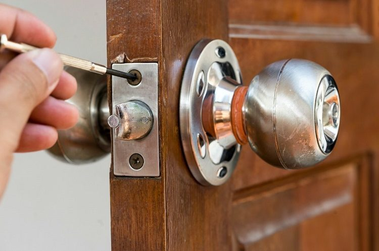 How Can a Locksmith Help You?